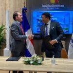 Iberia firma nuevo convenio con el Ministerio de Turismo.
